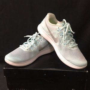 New Nike Women's Free RN 2017